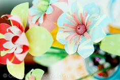 TUTORIAL Easy paper flowers...great to use up scraps of paper.