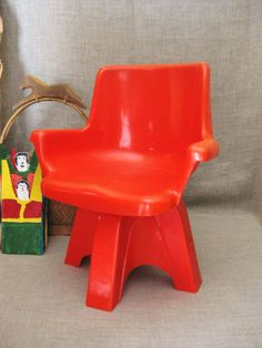 Vintage Molded Plastic Mod Child's Chair / Kids Chair / Childrens Furniture / Molded Plastic / Modern / Furniture - Vintage Child on Etsy, $38.00