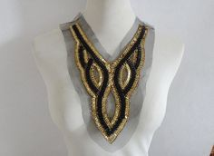 Hey, I found this really awesome Etsy listing at https://www.etsy.com/listing/263248421/beaded-collar-necklace-vintage-beaded
