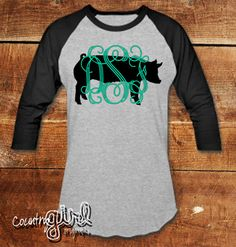 StockShow Mom Initial Graphic Tee Pig by CountryGirlOriginals Show Cows, Pig Showing, Pig Stuff, Showing Livestock, Ffa, Diy Shirt, Lambs, Ethical Fashion, Cute Shirts