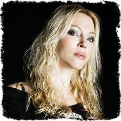 angela gossow | Angela Gossow Биография : Персоны на Rock4all.ru