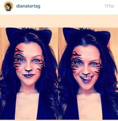 DIY Halloween makeup. Halloween face paint. Cheetah face paint. Cheetah makeup. Leopard face paint. Leopard makeup. Ezoo makeup. Festival makeup. EDC makeup. Scary Halloween makeup . Animal makeup. Animal face paint. Animal print . Cheetah costume