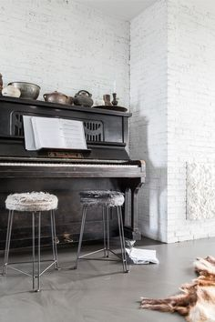 Black Piano, Piano Room, Interior Photo, My House, Shabby Chic, Detail, Home, Industrial Decor, House