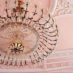 What a chandelier - Vicki Archer //  https://www.instagram.com/vickiarcher/