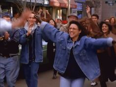 Pin for Later: Take a Minute to Relive the Funniest Seinfeld Moments Ever When Jerry and Elaine Have This Near-Miss