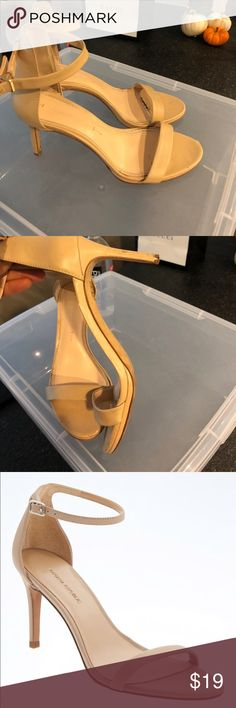 Banana Republic Bare High Heel Sandal Worn for the summer but still my most chic comfortable heel to wear casually and dressed up! Perfectly comfortable 3.5 inch heel Banana Republic Shoes Heels