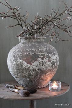 grey.quenalbertini: Grey pottery