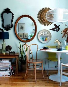 Working within a budget and trying to find affordable wall art? Don't overlook this one common thrift store bargain. Decor, Gallery Wall, Interior Design, House Interior, Interior, Home Decor, Diy Apartments, Furniture, Apartment Decor