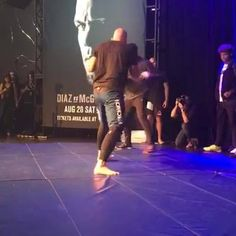 LIVE at UFC 202 open workouts with Glover Teixeira