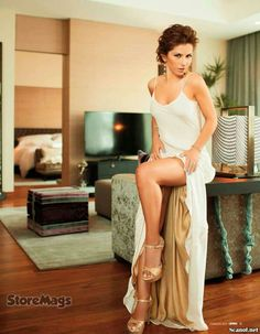... Stilettos, Alessandra Rosaldo, Rock, Eye Candy, Beautiful Women, Singer, Actresses, Pure Products, Chic
