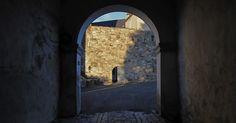 Skrivebordsbakgrunn: Hovedporten til Bergenhus festning / The main gate to Bergenhus Castle Main Gate, I Wallpaper, Norway, Maine, Castle, Free, Castles
