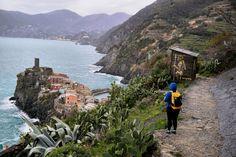 Cinque Terre: Urlaubsplanung!   Hier wohnt das Glück Cinque Terre, Around The Worlds, Mountains, Water, Travel, Outdoor, Blog, Budget Travel, Europe Travel Tips