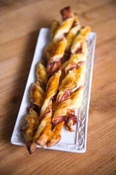 Broodstengels met kruidenkaas en prosciutto   Spar