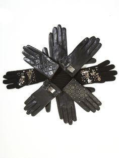 #BCBG #BCBGMAXAZRIA #gloves #leather #sequins #accessories #gifts