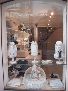 -Repinned- Louis Dog Deco - Koko von Knebel Store.