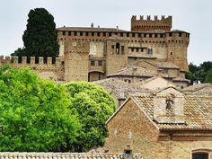 Pin di Rosa Monarca su umbria Viaggiare in italia