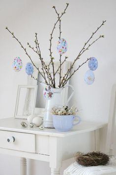 Easter tree decoration inspiration and idea. #Easter #EasterTree