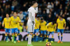"""Banh 88 Trang Tổng Hợp Nhận Định & Soi Kèo Nhà Cái - Banh88.infoTin Tuc Bong Da -  Luôn bị mang tiếng là """"kẻ ích kỷ"""" thế nhưng những thống kê sau sẽ khiến người hâm mộ có cái nhìn toàn cảnh hơn về Cristiano Ronaldo.  Cả 2 lần Isco ghi bàn trong trận đấu với Espanyol Ronaldo đều không vồn vã lao về phía đồng đội ăn mừng. Thay vào đó CR7 giống như đang suy nghĩ điều gì đó.  Những hình ảnh kiểu thế này trong quá khứ từng nhiều lần được lấy ra để chứng tỏ sự ích kỷ của Ronaldo. Rằng CR7 chỉ vui…"""