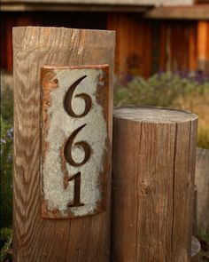 house number sign - love the rustic sign on a wooden post in the front garden Address Numbers, Address Plaque, Address Signs, Rustic House Numbers, Driveway Markers, Driveway Entrance, House Address, Rustic Signs, Curb Appeal