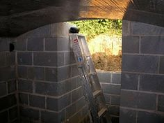Complete instructions for an underground root cellar - a great addition for a garden.  Robert's Projects: Root Cellar
