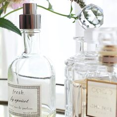 This Is the Right Way to Layer Fragrances