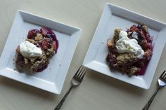 {Quick Blueberry Peach Crumble with Vanilla Bean Whipped Ricotta} 35 Minutes
