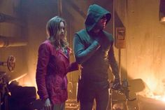 Look who's back (and in the trailer) for next week's ARROW - UPDATE new images - Warped Factor - Daily features & news from the world of geek