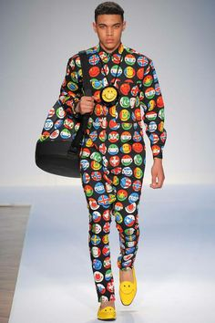 Waiton - Please, make it stop!  My eyes are BLEEDING. On trend: Clash of Smileys and Countries' Flags by Moschino Spring 2015