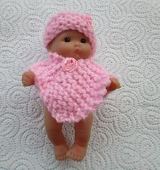 Ravelry: Poncho Set for Berenguer Doll pattern by taffylass knits Barbie Knitting Patterns, Doll Clothes Patterns, Doll Patterns, Baby Doll Clothes, Baby Dolls, Crochet Poncho, Crochet Hats, Knitted Dolls, Double Knitting