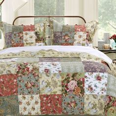 Quilt set spreads a riot of garden colors across your bedroom scene. Each fabric square is carefully seamed and quilted. Over sized for better coverage on today& deeper mattresses. Chic Bedding, Ruffle Bedding, Bedding Decor, Bedroom Scene, Bedroom Decor, Colchas Country, Country Cottages, Quilted Bedspreads, Quilt Sets