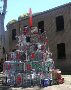 18 Epic Christmas Tree Fails To Avoid This Year