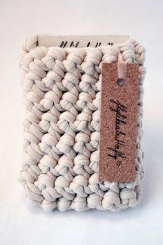 Crochet iPhone Sleeve