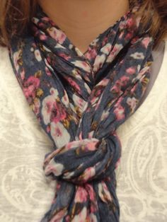 Making Happy: New Scarf Knot,   Cute new way to tie a scarf
