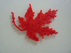 Herbst Blatt Bügelperlen by Patchwork stricken und mehr en