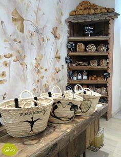 Mostrador tienda eco Mama Campo • Countertop in Mama Campo eco shop, Madrid
