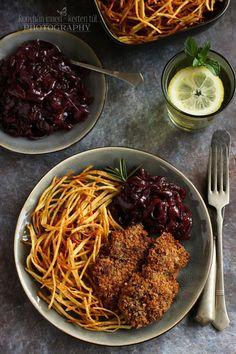 ...konyhán innen - kerten túl...: Kalácsmorzsás rántott csirkemáj lilahagyma-lekvárral Ethnic Recipes, Food, Essen, Meals, Yemek, Eten