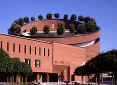 Mario Botta - Cathedral of the Resurrection in Evry Brick Architecture, Sacred Architecture, Beautiful Architecture, Landscape Architecture, Industrial Architecture, Circular Buildings, Modern Buildings, Palaces, Mario Botta