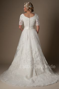 In love with this and hope it looks beautiful on my beautiful soon to be daughter in law. Modest Wedding Dresses : Bellissimo