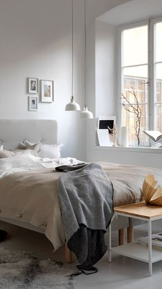 A warm and dreamy ikea bedroom (daily dream decor) Bedroom Ideas For Small Rooms Diy, Modern Bedroom Decor, Farmhouse Bedroom Decor, Small Room Bedroom, Bedroom Vintage, Modern Bedding, Luxury Bedding, Bedroom Wall Designs, Bedroom Wall Colors