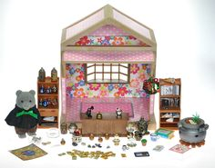 *fistuff* Sylvanian Families Cath Kidston Decorated House/ Wizards Shop + Lots!