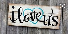 New Diy Wood Projects For Home Wooden Signs Families 54 Ideas Diy Wood Signs, Painted Wood Signs, Rustic Wood Signs, Pallet Board Signs, Sayings For Wood Signs, Wedding Pallet Signs, Country Wood Signs, Sign Boards, Reclaimed Wood Signs