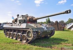 M18 Hellcat, Ww2 Pictures, Tank Destroyer, Armored Fighting Vehicle, Ww2 Tanks, World Of Tanks, Battle Tank, Military Weapons, Armored Vehicles