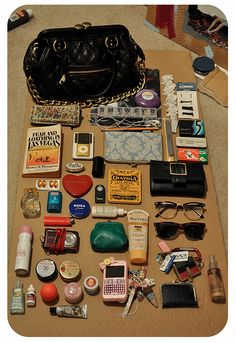 Submitted by: Petiteghosts–this looks just like mine! What In My Bag, What's In Your Bag, Purse Necessities, Carry On Bag Essentials, Inside My Bag, What's In My Purse, Bag Illustration, Diy Fashion Accessories, Laptop Bag For Women