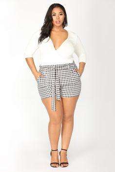 Plus Size Fotos, Plus Size Mode und Plus Size Tipps - Mein Stil Outfits Plus Size, Plus Size Fashion Tips, Plus Size Shorts, Plus Size Dresses, Curvy Outfits, Big Girl Fashion, Summer Fashion Outfits, Curvy Fashion, Skirt Fashion