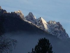 fresh snow this morning after the rain storm in #Chamonix