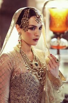 The Accessorized Bride: Sonya Jehan for Hazoorilal and Sons Jewellers as Umrao Jaan