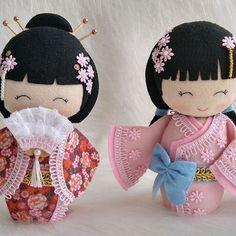 Matryoshka Doll, Kokeshi Dolls, Blythe Dolls, Doll Sewing Patterns, Sewing Toys, Sock Crafts, Felt Crafts, Puppet Toys, Origami Butterfly