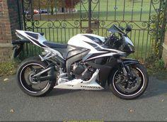 2007 Honda CBR600RR - Brought to you by Smart-e