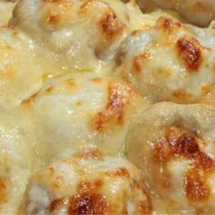 CHEESY BECHAMEL-COVERED MEATBALLS