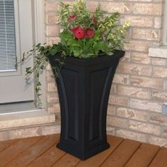 Nantucket Self Watering Plastic Pot Planter Mayne Inc. Nantucket Self-Watering Plastic Pot Planter Front Porch Planters, Front Yard Decor, Tall Planters, Front Yard Design, Patio Planters, Succulent Landscaping, Front Yard Landscaping, Farmhouse Landscaping, Landscaping Ideas
